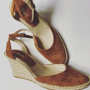Bass Brown Suede Wedges